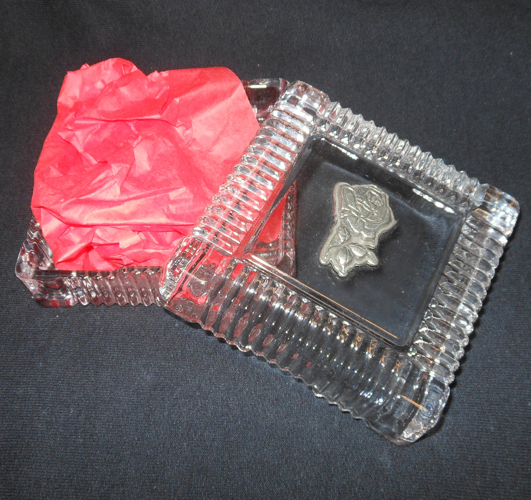 ALPHA OMICRON PI CREST GLASS BOX