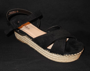 CRISS CROSS PLATFORM SANDAL BLACK