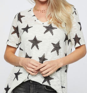 IVORY AND BLACK STAR TOP