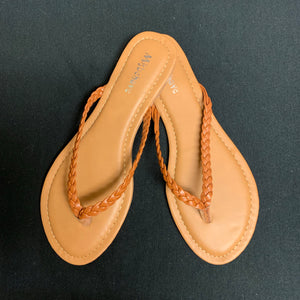 BRAIDED TAN FLIP FLOPS