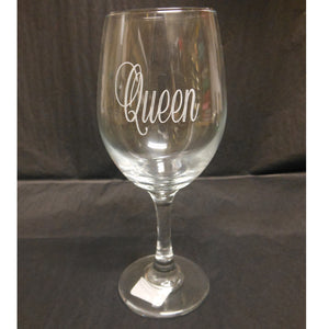 QUEEN ENGRAVED WINE GLASS