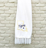 LOUISIANA STATE TIGERS PLUSH THROW BLANKET