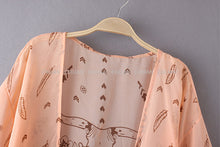 Load image into Gallery viewer, Vintage Geometric Print Blouse