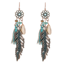Load image into Gallery viewer, Tassel Fringe Leaf Stones Earrings