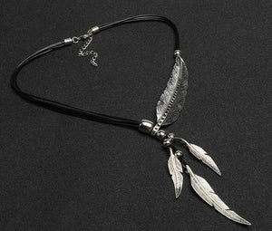 Chain Feather Necklace