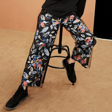 Load image into Gallery viewer, Print Mid Waist Pants