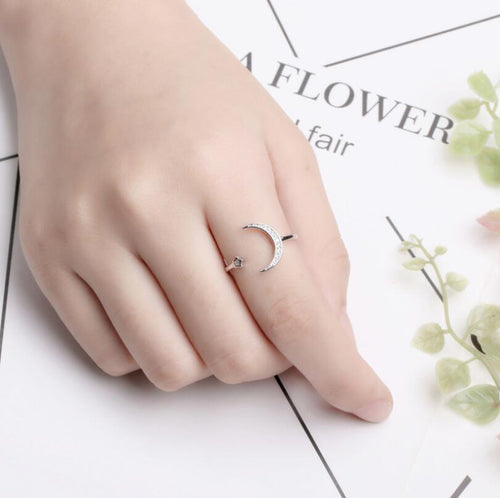 Cute Crystal Midi Ring