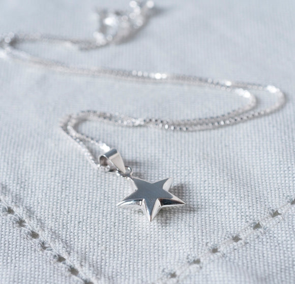 Silver Star Necklace & Personalised Gift Box - Smiley Moments