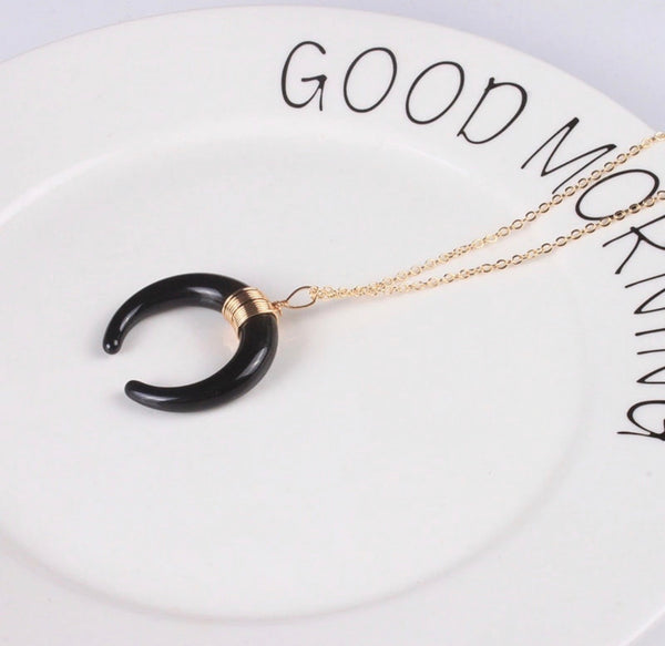 Crescent Moon Necklace - Regal Collective