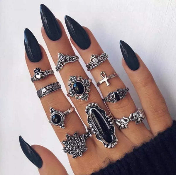 Black Diamond Ring Set - Regal Collective