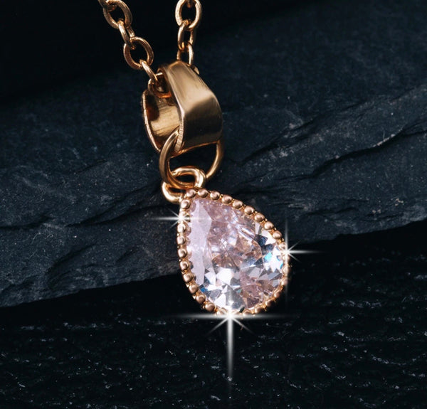 Cubic Zirconia Crystal Water Drop