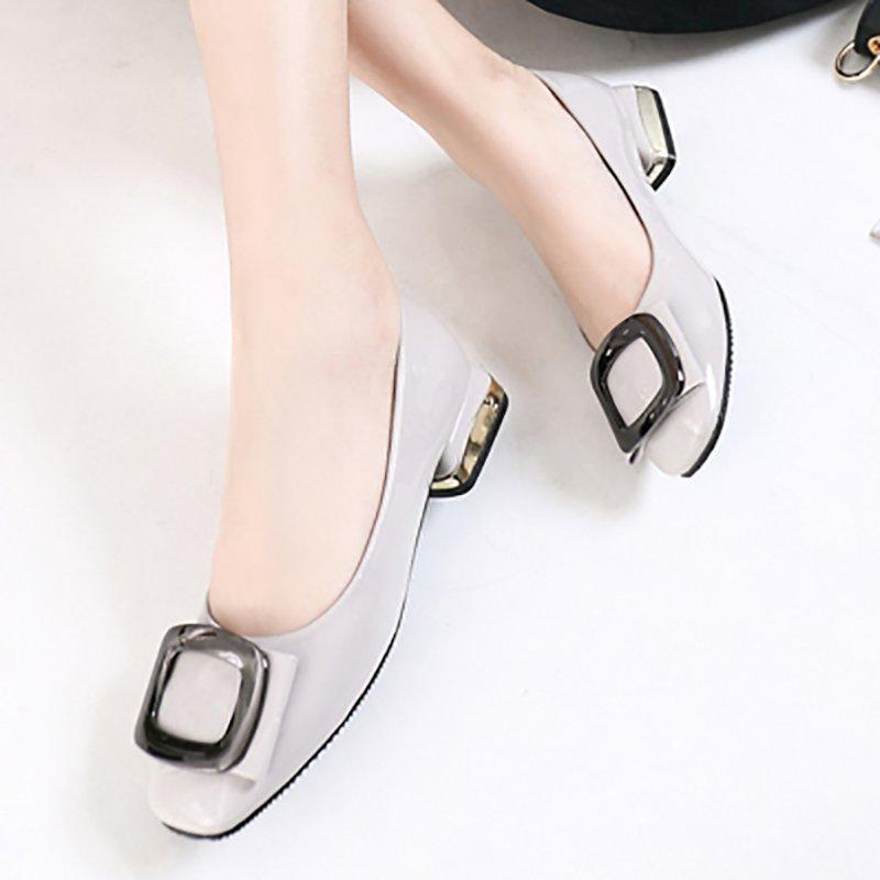 Daily Chunky Heel Low Square Toe Heels