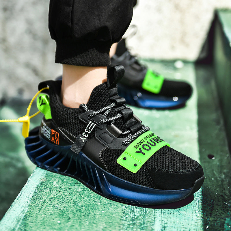 Men Young 33 Blade Sneaker