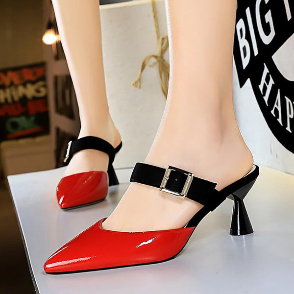 Date Pointed Toe Buckle Strap Slippers