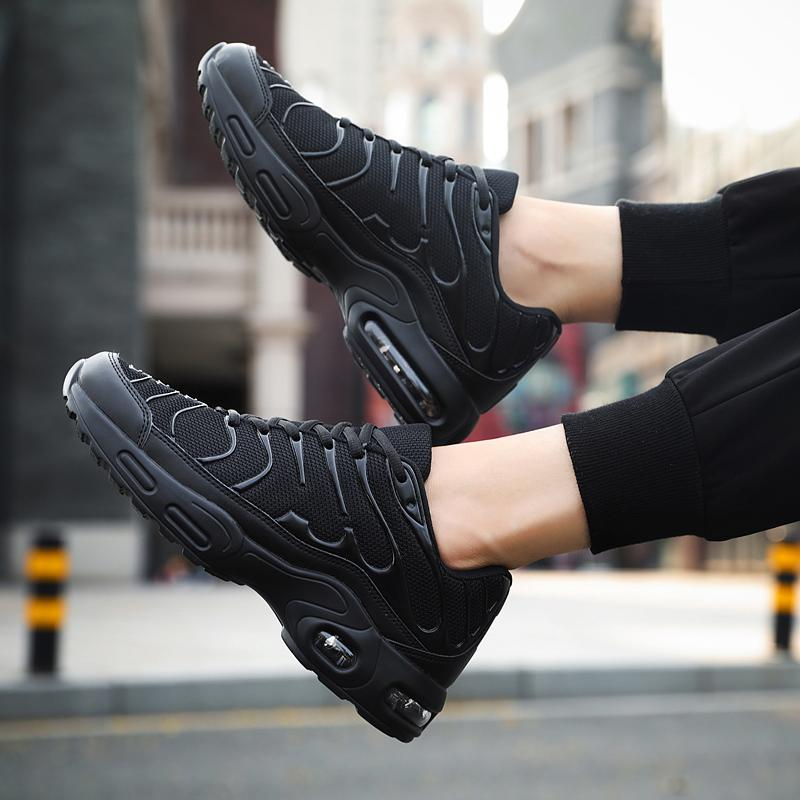 Casual Sports Runner Sneakers