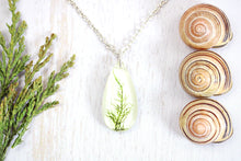 Simple Moss Droplet Necklace Botanical