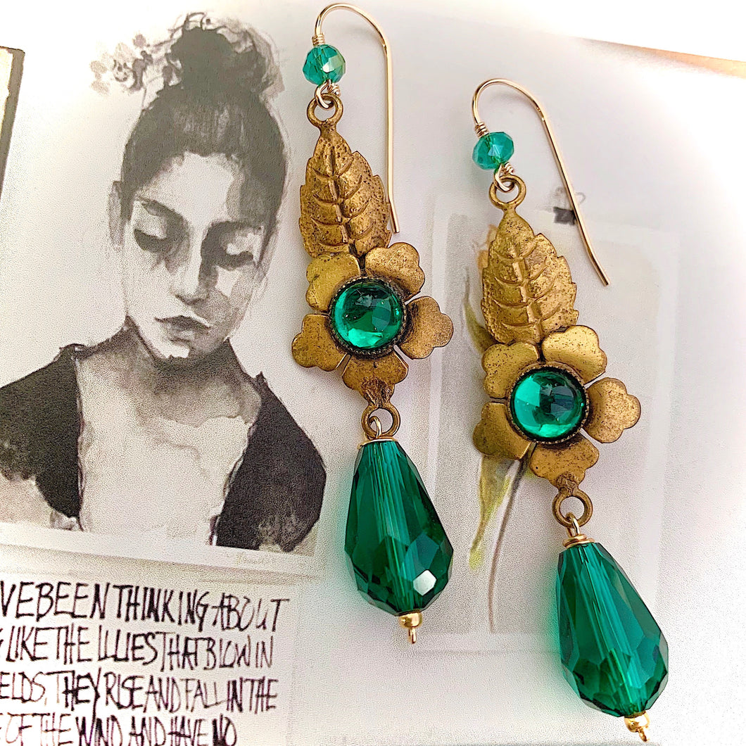 She Dreams In Perfect French Earrings