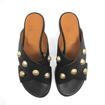 top view pair of Black textured leather Billi Bi flat crossover slide with gold stud detail