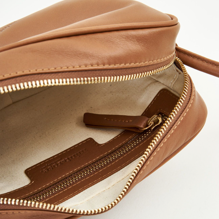 Cassis Tan  | Leather crossbody bag