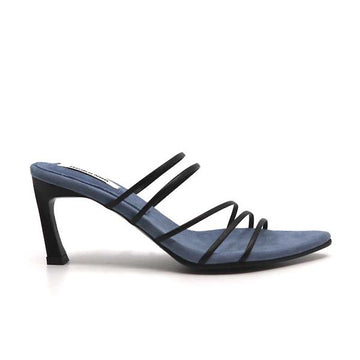 5 Strings Black | mid heel strappy sandal