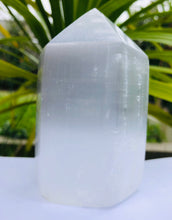 Load image into Gallery viewer, Selenite polished tower - small - Moonstone Felt And Crystals