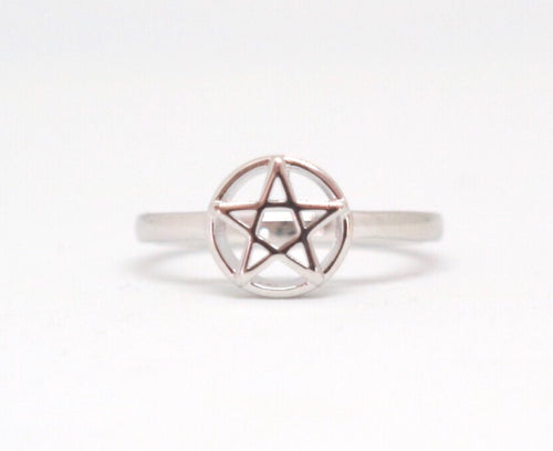 Sterling Silver Pentagram Ring - Moonstone Felt And Crystals
