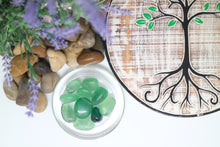 Load image into Gallery viewer, Fluorite Tumbles Green - Moonstone Felt And Crystals
