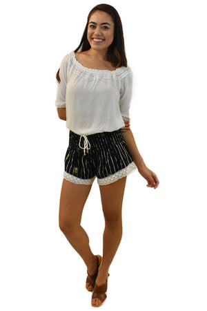 Lace Shorts in Pineapple Print Black