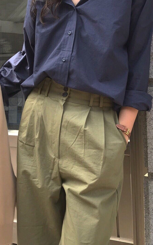 Two Tuck Pant