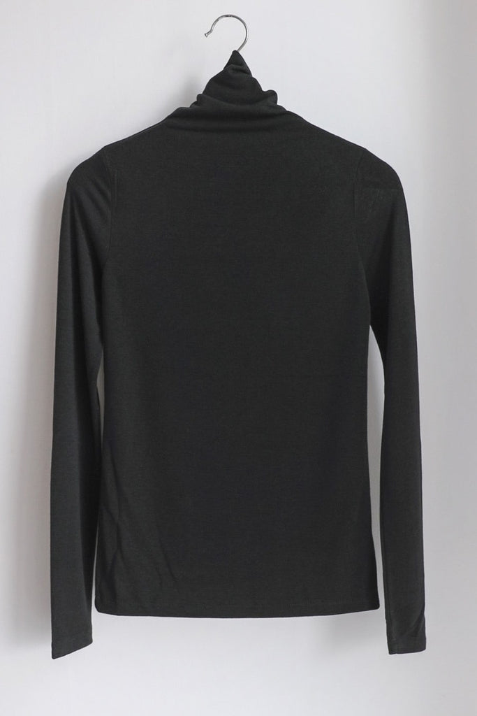 Thin Turtleneck Tee