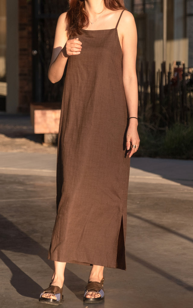 Linen Dress (Brown)