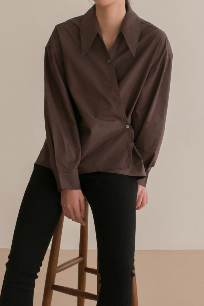 Point Collar Overlap Shirt