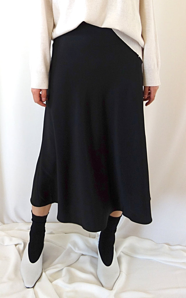 Satin Skirt (Black)