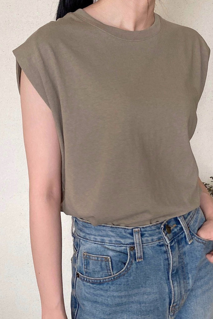 Mue Sleeveless Top