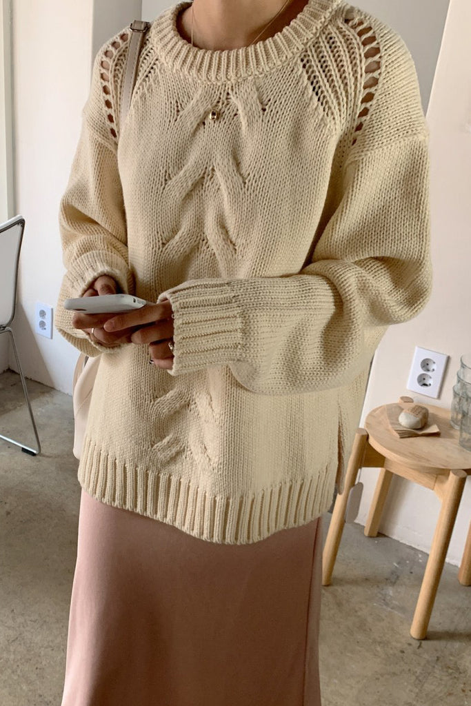 Feminine Cable Knit