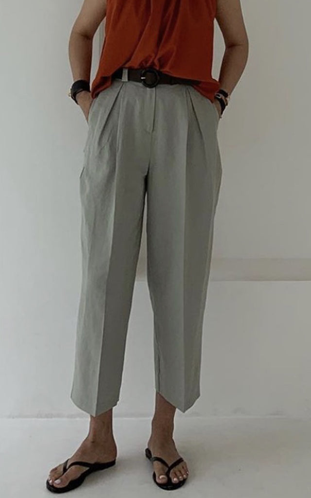 Belted Pintuck Trouser
