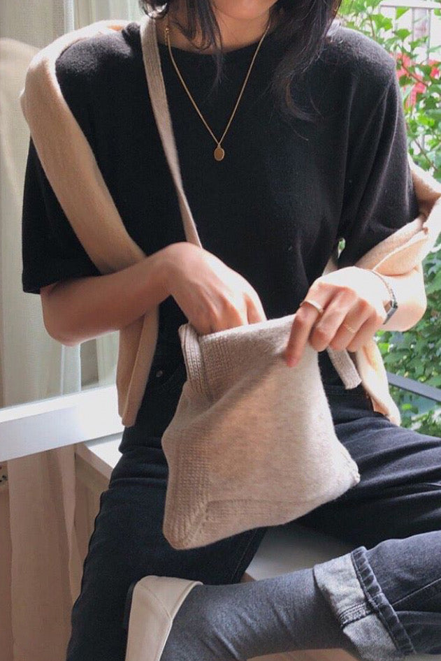 Wool Short Tee With Slit