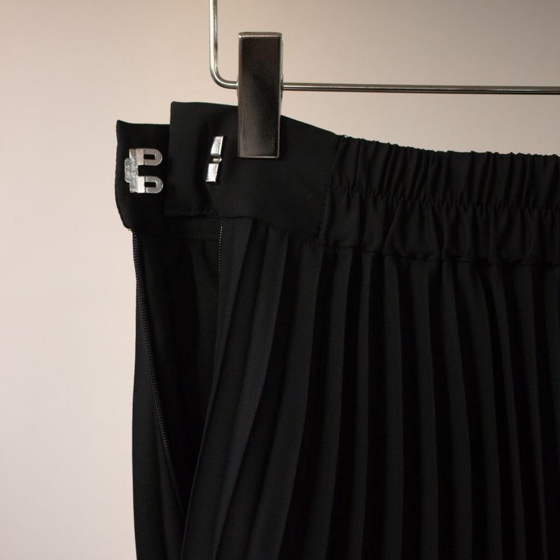 Overlap Pleated Skirt
