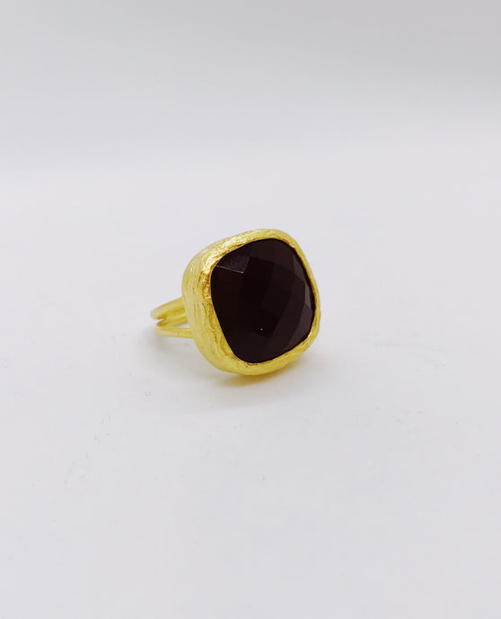 Modern Chic - Black Labradorite Cocktail Ring - 18k gold plated - Cause-ology