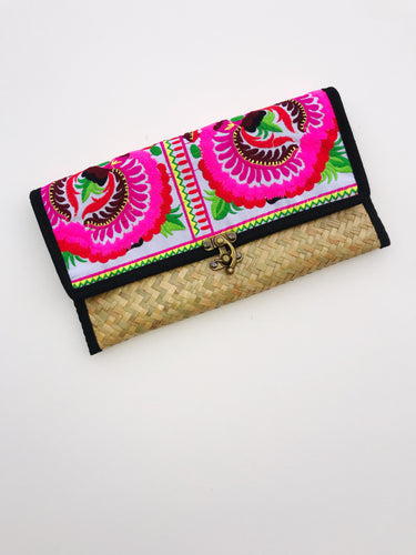 Summer Straw -  Straw Floral Clutch - Cause-ology