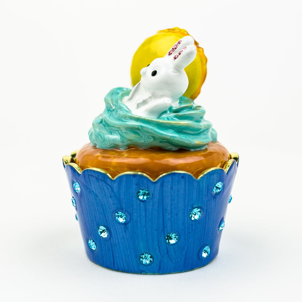 Rabbit on Cupcake