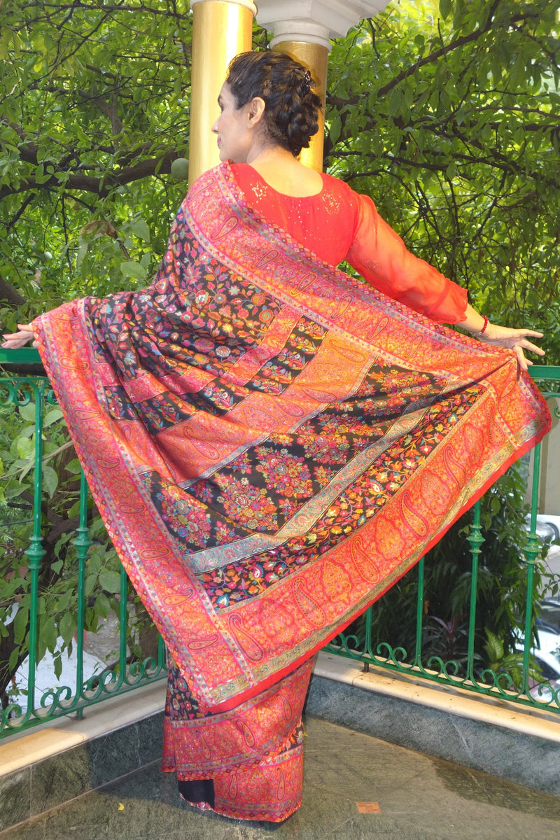 Black floral Kani saree with a narrow paisley border - Kashmir Collection - sohum sutras