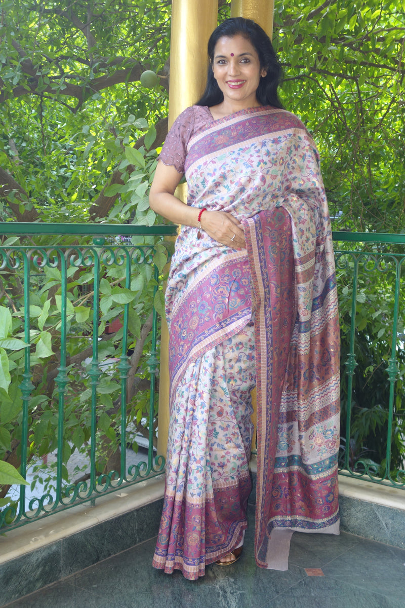 Mauve Kani saree- Chinar (maple leaf) body with floral border