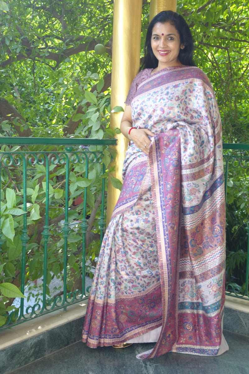 Mauve Kani saree- Chinar (maple leaf) body with floral border - Kashmir Collection - Sohum Sutras