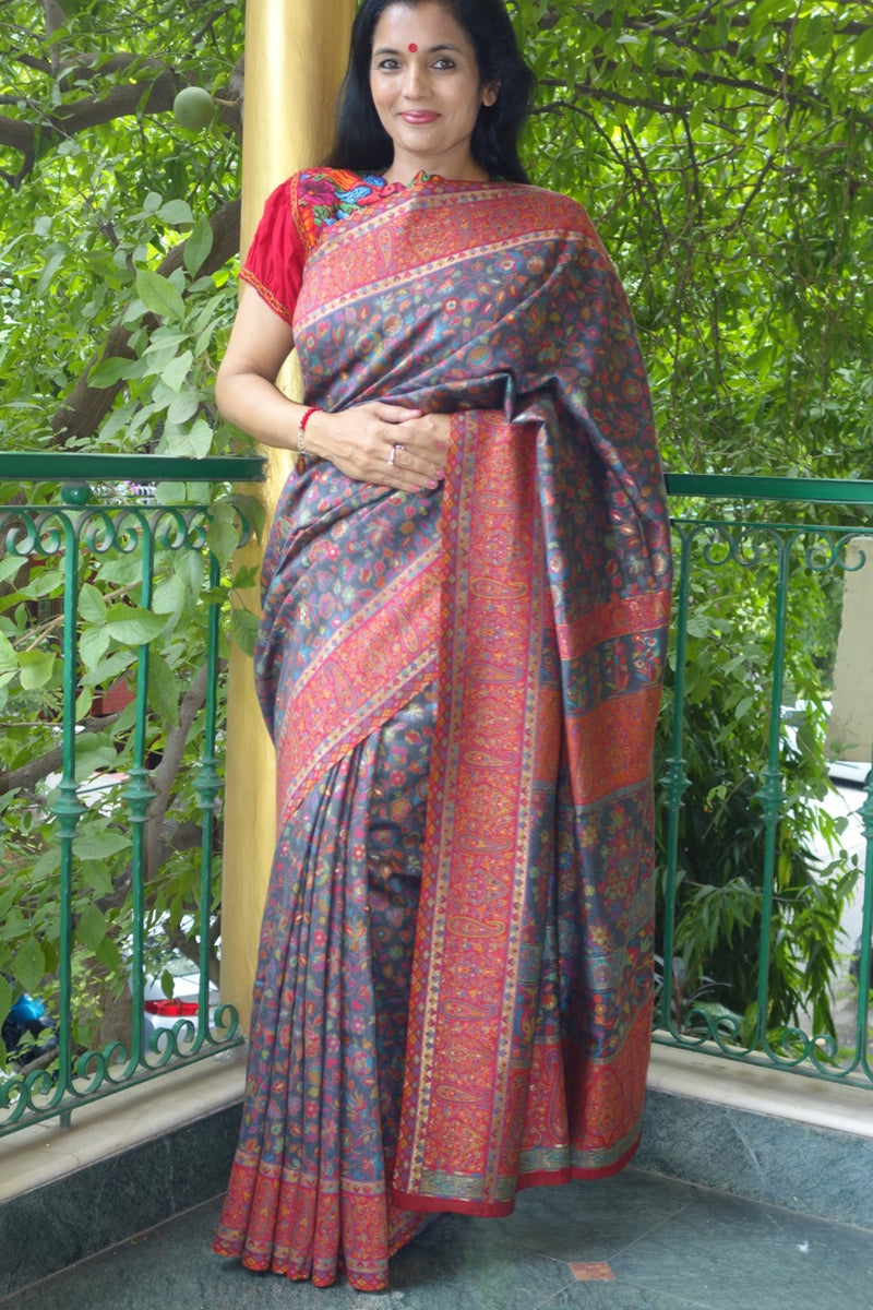 Charcoal Kani Saree with narrow paisley border - Kashmir Collection - Sohum Sutras
