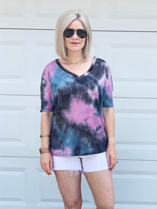 daydreamin' tie dye knit top