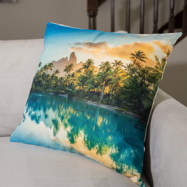 Lagoonarium Decorative Pillow Cover