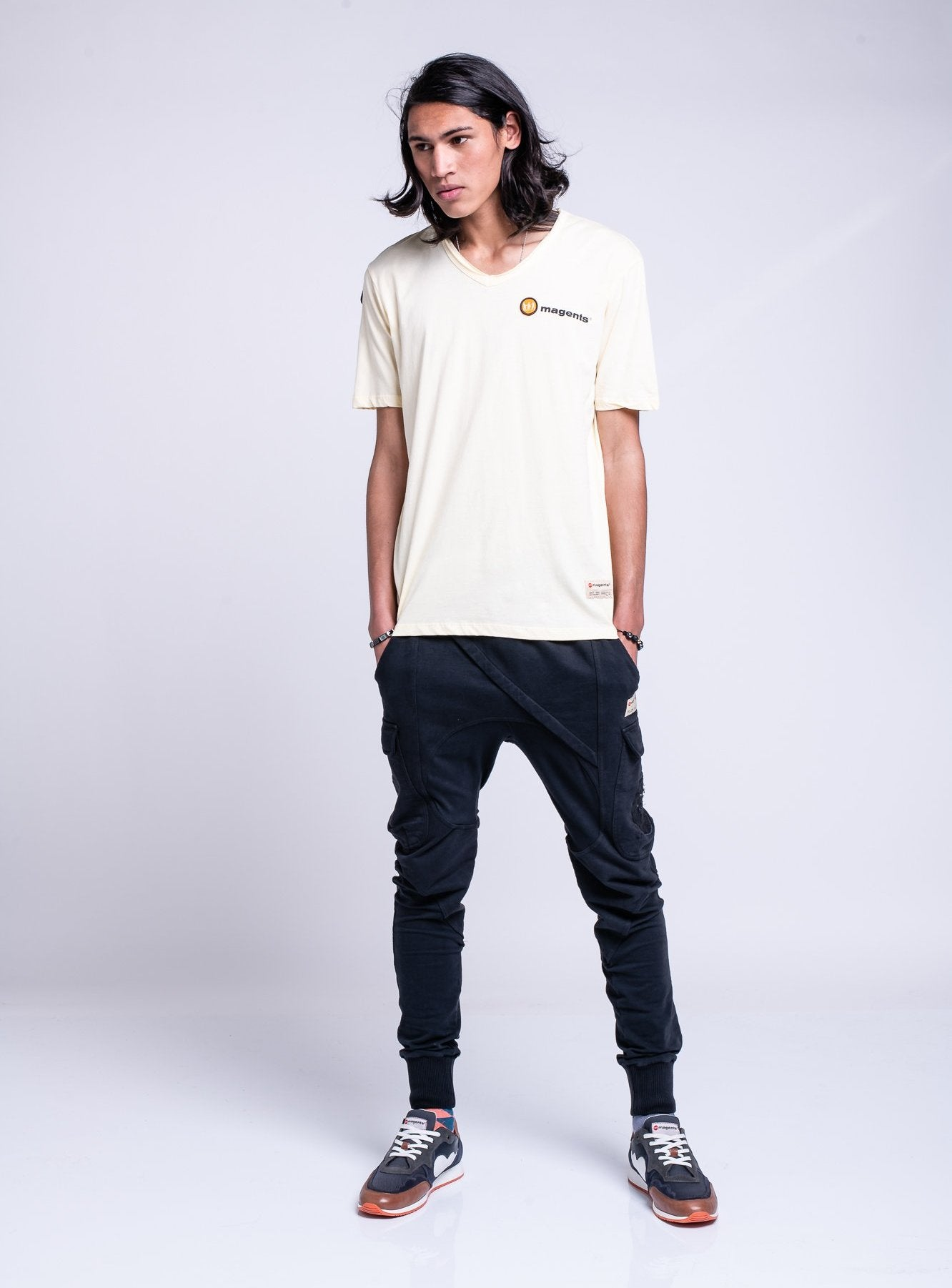 V-NECK TEE - OFF WHITE