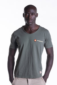 SIGNATURE LOGO TEE IN KHAKI