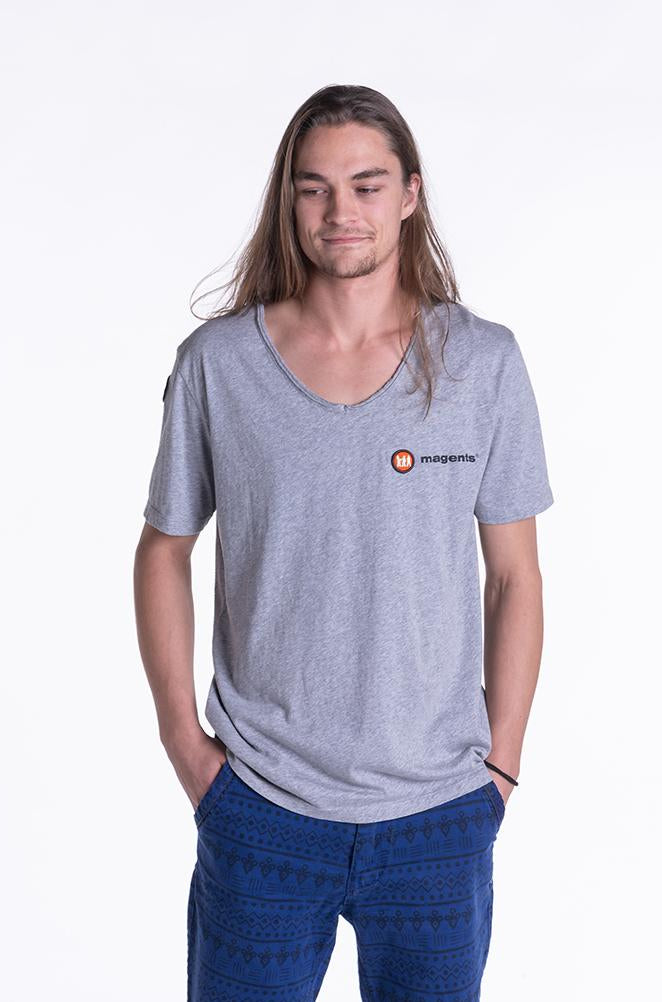 SIGNATURE LOGO TEE IN GREY